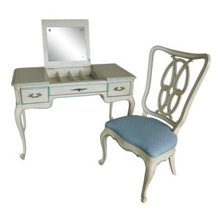 Hickory White French Louis XV Style Paint Decorated Vanity & Chair For Sale