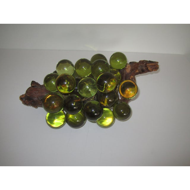 Green Resin Grapes on the Vine - Image 3 of 9