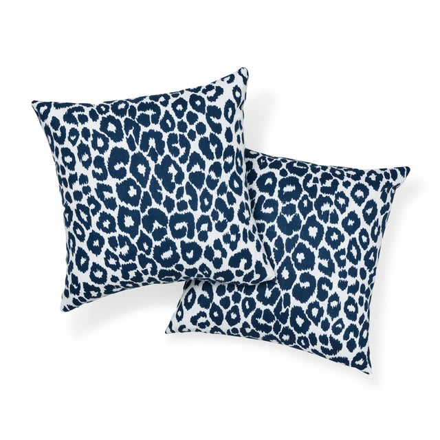 Contemporary Schumacher Iconic Leopard Indoor/Outdoor Pillow in Navy For Sale - Image 3 of 7