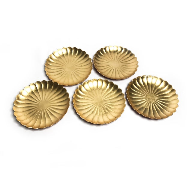 Vintage mid century 1960's set of 5 gold leaf with red bottoms Japanese Lacquer Ware plates in a floral shape. This...