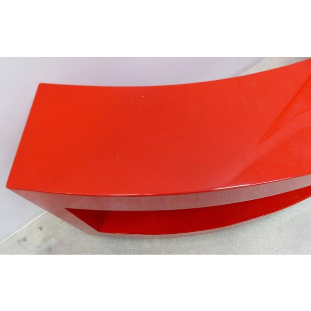 Art Deco Curved Red Lacquer Bookcase by Paul Laszlo For Sale In Miami - Image 6 of 9