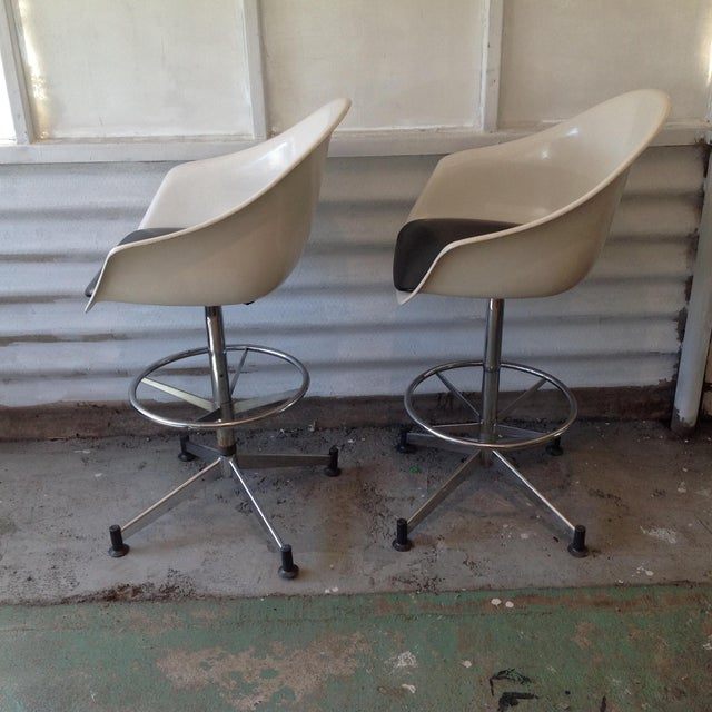 Vintage Cosco Shell Bar Stools- A Pair - Image 5 of 11