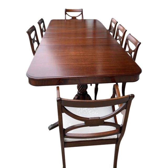 Vintage Berkey and Gay Dining Table and 7 Chairs - 8 Pieces For Sale