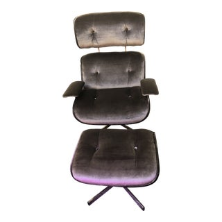Mid Century Modern Plycraft Lounge Chair and Ottoman Newly Upholstered - 2 Piese Set For Sale