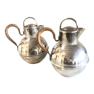 1900s Israel Freeman & Sons Ltd. Silverplate Pitchers - a Pair For Sale