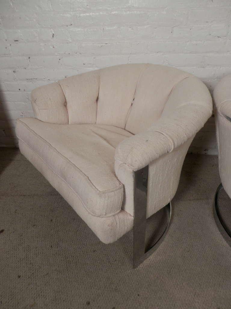 Mid Century Modern Milo Baughman Mid Century Modern Barrel Back Chairs   A  Pair