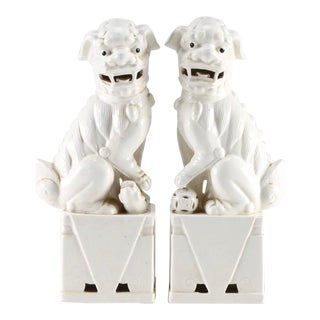 Antique Japanese Porcelain Guardian Lion Statues - a Pair For Sale