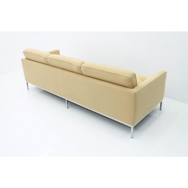 Fabric Florence Knoll Sofa for Knoll International For Sale - Image 7 of 11
