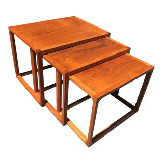1970s Mid Century Danish Modern Teak Nesting Tables - Set of 3 For Sale