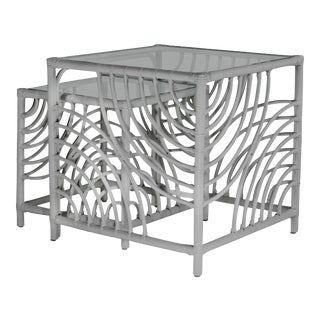 Swirl Nesting Tables - Light Gray For Sale