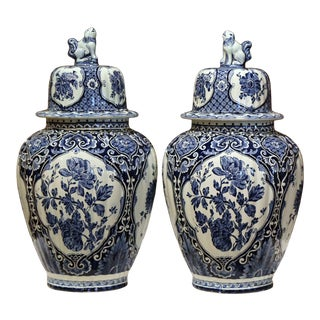 Pair of Mid-20th Century Dutch Blue and White Royal Maastricht Delft Ginger Jars For Sale