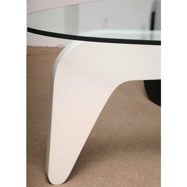 Glass 1950s Mid-Century Modern Noguchi Coffee Table For Sale - Image 7 of 10