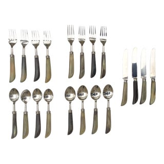 Handmade Horn and Stainless Steel Flatware for 4 People - 20 Pieces For Sale