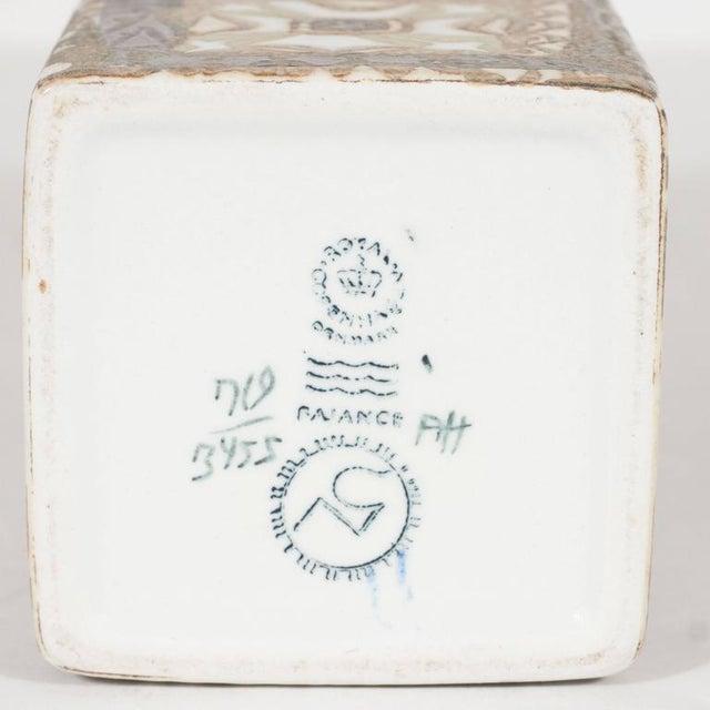 White Mid-Century Modernist Ceramic Danish Vase with Geometric Designs, Nils Thorsson For Sale - Image 8 of 9