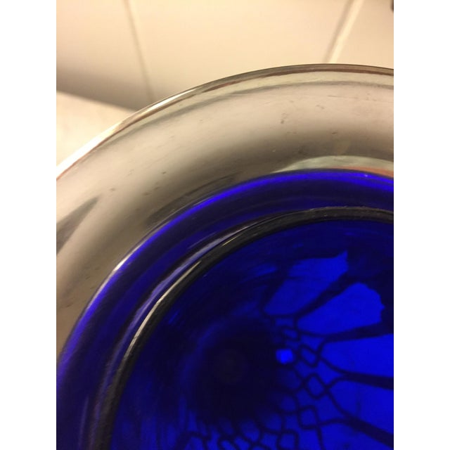 Sheffield Sheffield Silver Vase With a Cobalt Glass Liner For Sale - Image 4 of 13