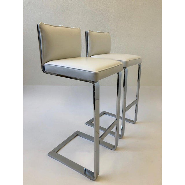 Animal Skin Pair of Chrome and Leather Barstool by Milo Baughman For Sale - Image 7 of 10