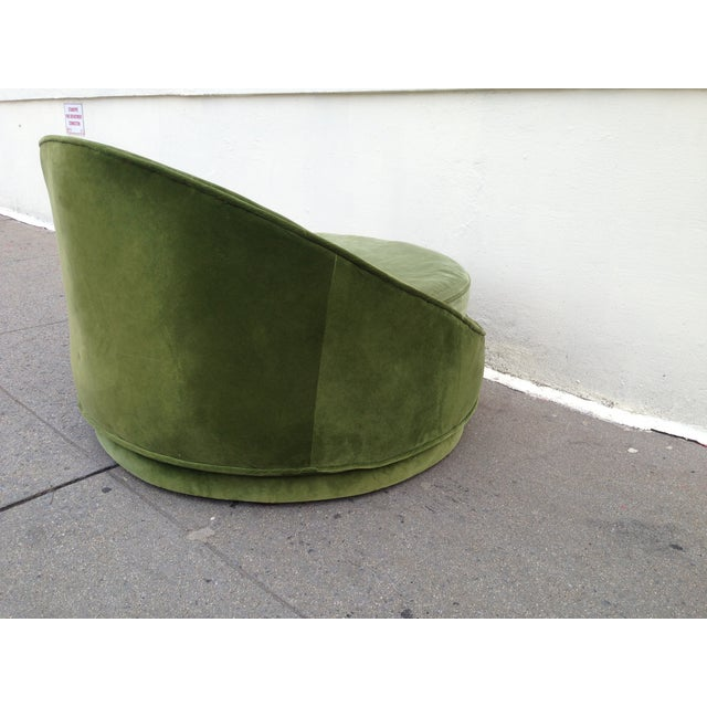 Milo Baughman Emerald Green Swivel Loveseat - Image 7 of 8