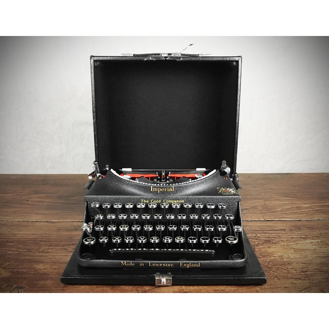 Vintage 1930s Art Deco Styled Imperial 'Good Companion' Portable Typewriter, Fully Refurbished, Impeccable - Image 3 of 9