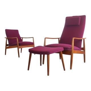 Set of 2 Teak Danish Modern Lounge Chairs W/ an Ottoman by Soren J. Ladefoged, Ca. Late 1950s, Denmark For Sale