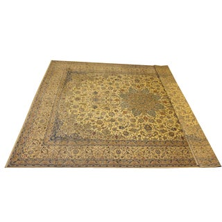 "Persain Tan Nain Palace Rug - 13'6"" x 20'8"" For Sale"