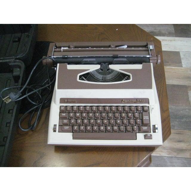 Vintage Royal Cavalier 1000 Electric Typewriter - Image 7 of 7