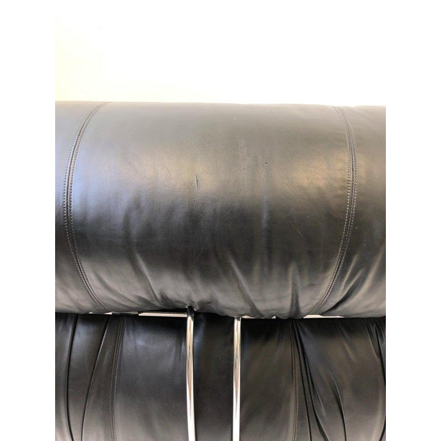 Cassina Black Leather and Chrome 'Soriana' Sofa Set by Scarpa for Cassina - 3 Pc. Set For Sale - Image 4 of 11