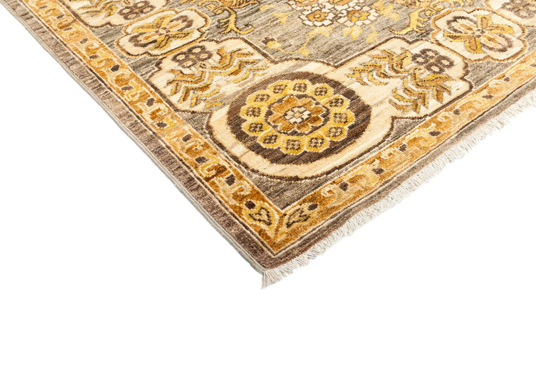 Hand Knotted Medallion Area Rug 6 3 Quot X 8 10 Quot Chairish