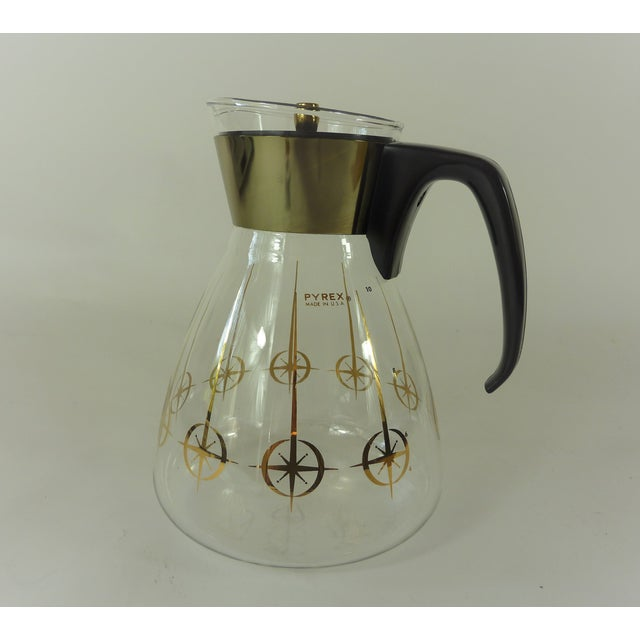 Pyrex Vintage 1960's Pyrex Glass Gold Atomic Starburst Large Glass Coffee Carafe For Sale - Image 4 of 13