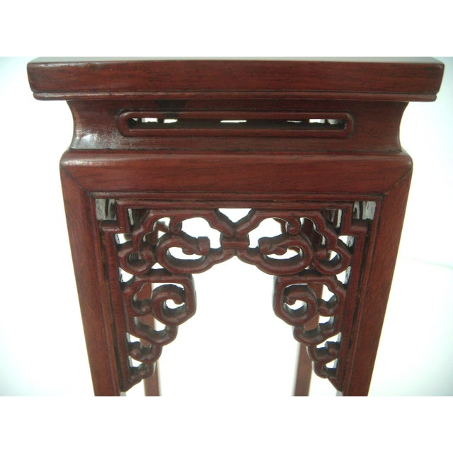 Vintage 'Ming' Style Chinese Solid Rosewood Curio Display Pedestal/Stand For Sale In Tampa - Image 6 of 7