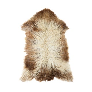 "Contemporary Natural Wool Sheepskin Pelt Rug - 2'2""x3'4"" For Sale"
