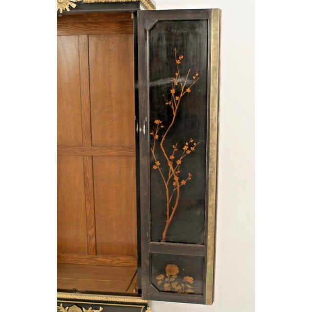 Traditional French Victorian Chinoiserie Decorated Armoire Cabinet For Sale - Image 3 of 11
