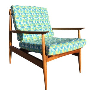 Knoll Antimott Lounge Chair For Sale