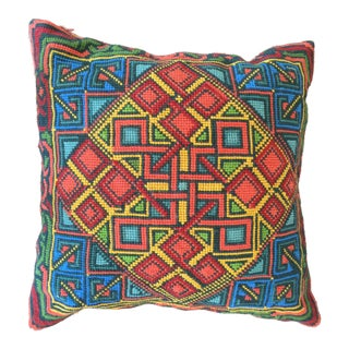 Cross Point Pillow