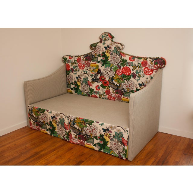 2010s Custom Shaped Chinois Daybed With Trundle For Sale - Image 5 of 5