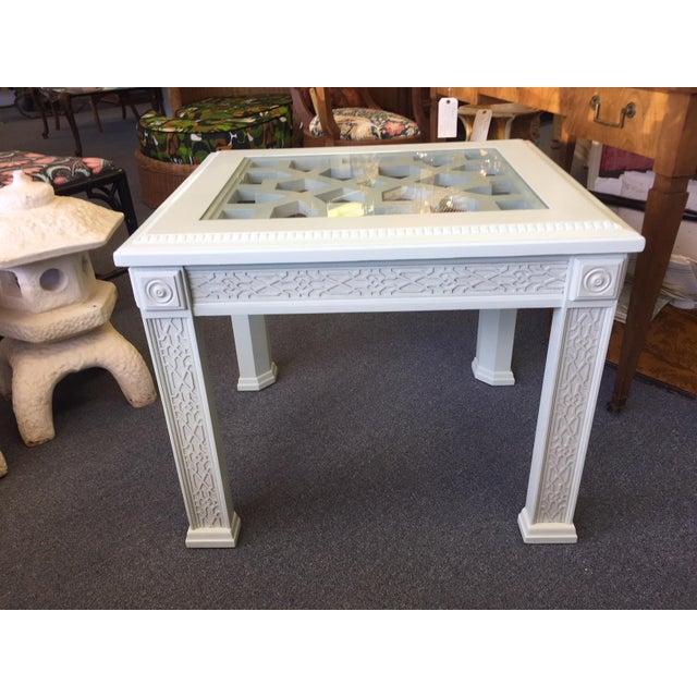 Asian 1950s Vintage Chinese Chippendale Style Fretwork Design End Table For Sale - Image 3 of 11