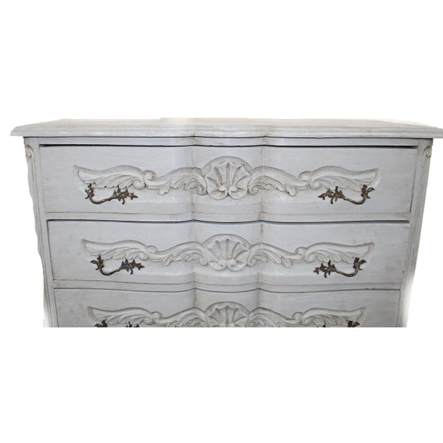 20th Century Vintage French Baroque Style Chest For Sale In Atlanta - Image 6 of 7