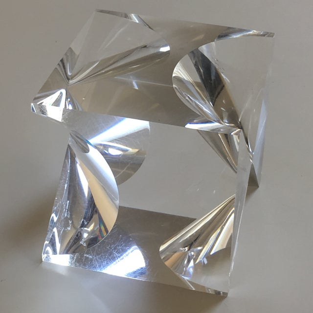 Contemporary 1960s Mid-Century Modern Alessio Tasca Lucite Cube Sculpture For Sale - Image 3 of 11