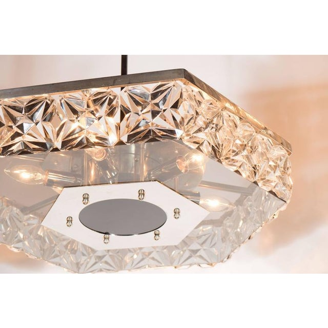 1960s Mid-Century Modernist Faceted Crystal Hexagonal Chandelier by Kinkeldey For Sale - Image 5 of 10