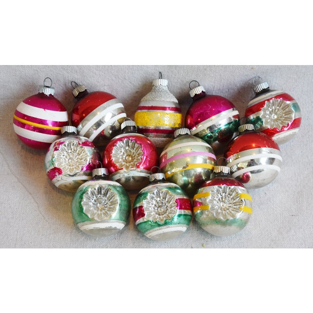 Mid 20th Century Retro Midcentury Colorful Christmas Tree Ornaments W/Box - Set of 12 For Sale - Image 5 of 10