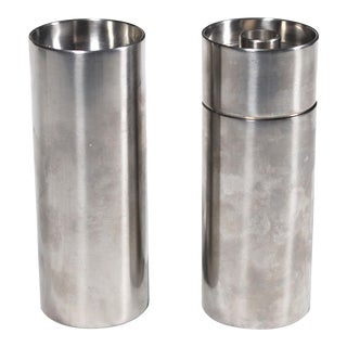 1960's Arne Jacobsen Cylinda Line for Stelton Danish Modern Stainless Salt Shaker & Pepper Mill - 2 Pieces For Sale