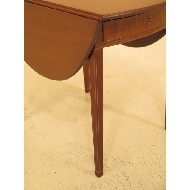 1940s 1940s Federal Kittinger Colonial Williamsburg Mahogany Pembroke Table For Sale - Image 5 of 13