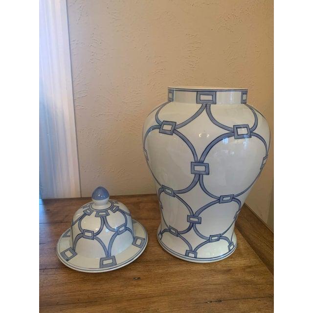 Blue & White Porcelain Lover Locks Temple Jar For Sale - Image 10 of 13