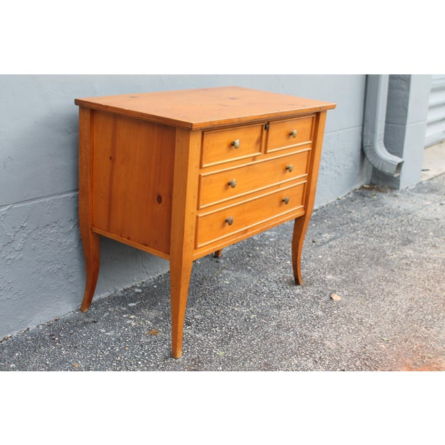 Vintage Lane Cedar Chest - Image 5 of 11