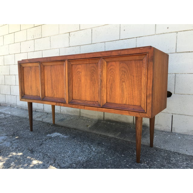 Mid-Century Modern Cabinet or Credenza - Image 5 of 11