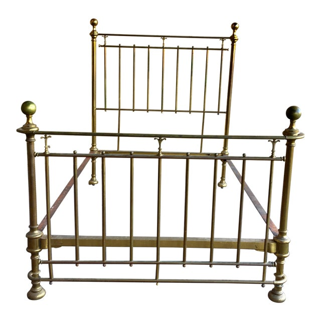 Vintage Traditional Brass Full Size Bedframe For Sale