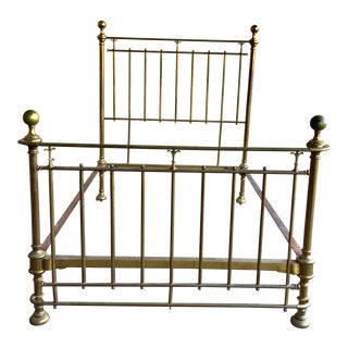 Vintage Traditional Brass Queen Size Bedframe For Sale