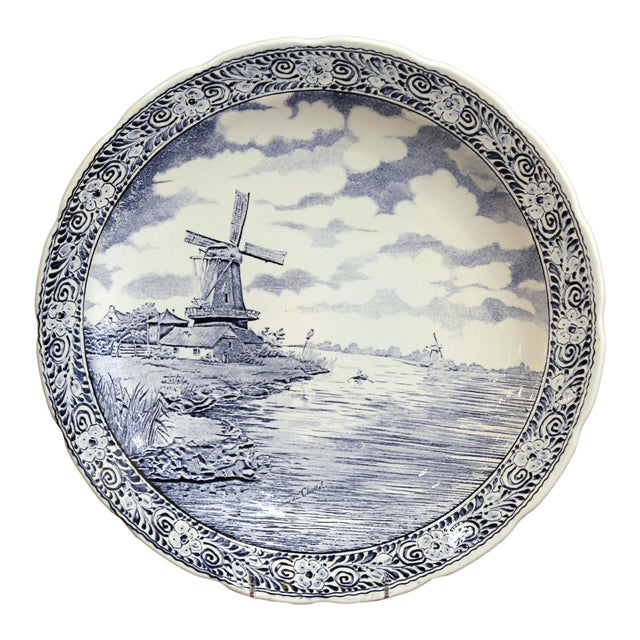 Early 20th Century Dutch Hand-Painted Bosh Delft Platter With Pastoral Scene For Sale