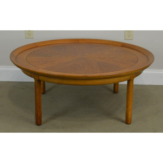 "1950s Tomlinson Sophisticate 40"" Round Mid Century Modern Walnut & Recan Coffee Table For Sale - Image 5 of 13"