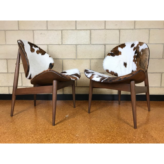 Striking Mid Century Modern lounge chairs by Kodawood Furniture Company of Miami, FL - made in the 1960's, designed by...