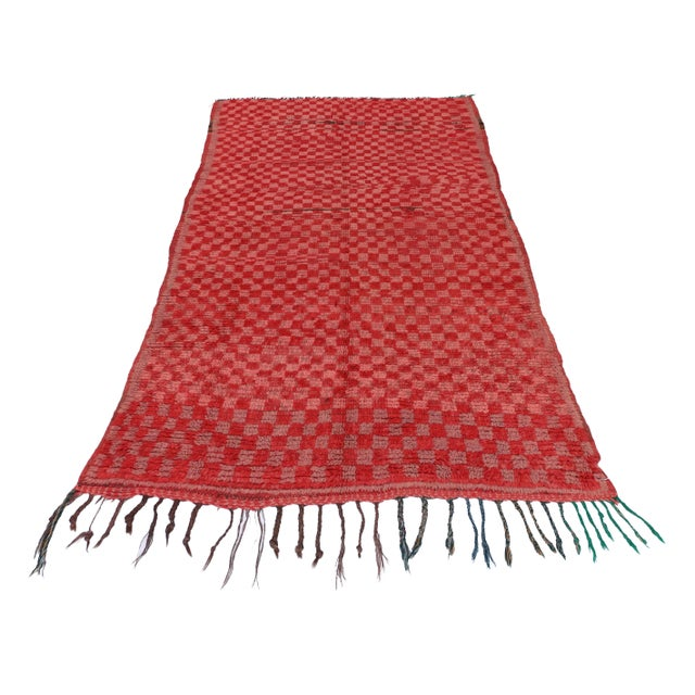"Boho Chic Pink & Red Checkerboard Berber Morocco Rug - 3'1"" x 5'6"" For Sale - Image 3 of 5"